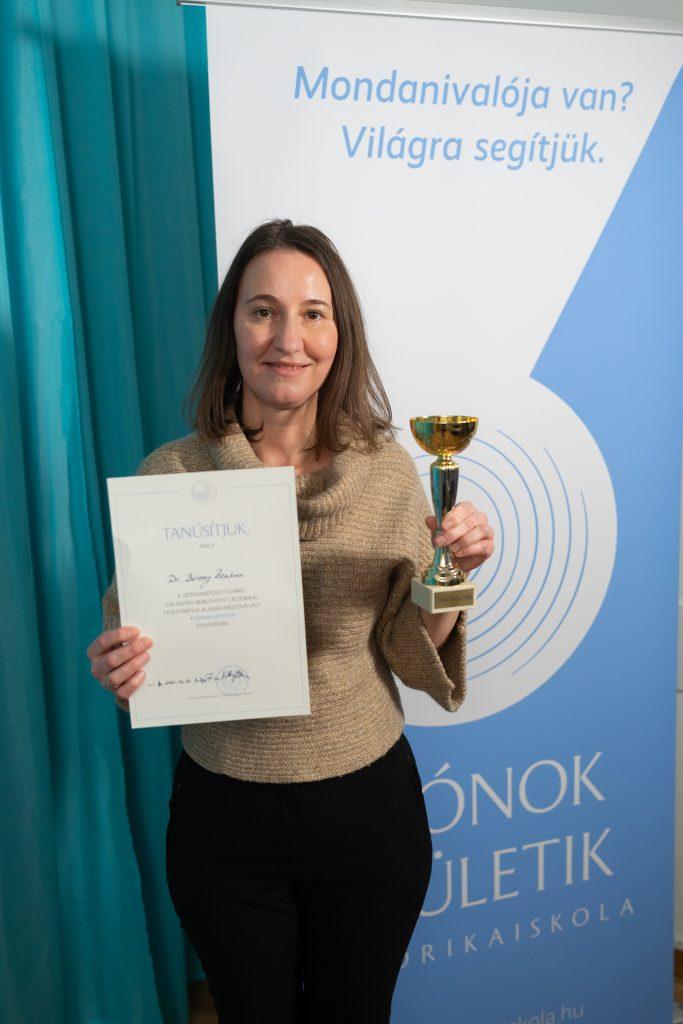 Dr. Bársony Beatrix a 16. Szókratész-díj nyertese
